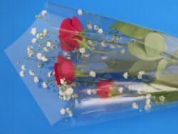 花を包んでいるフィルム等